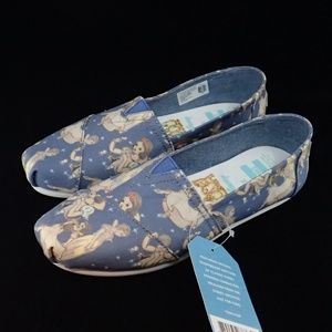 Toms Snow White Canvas Shoes 7 - NWT
